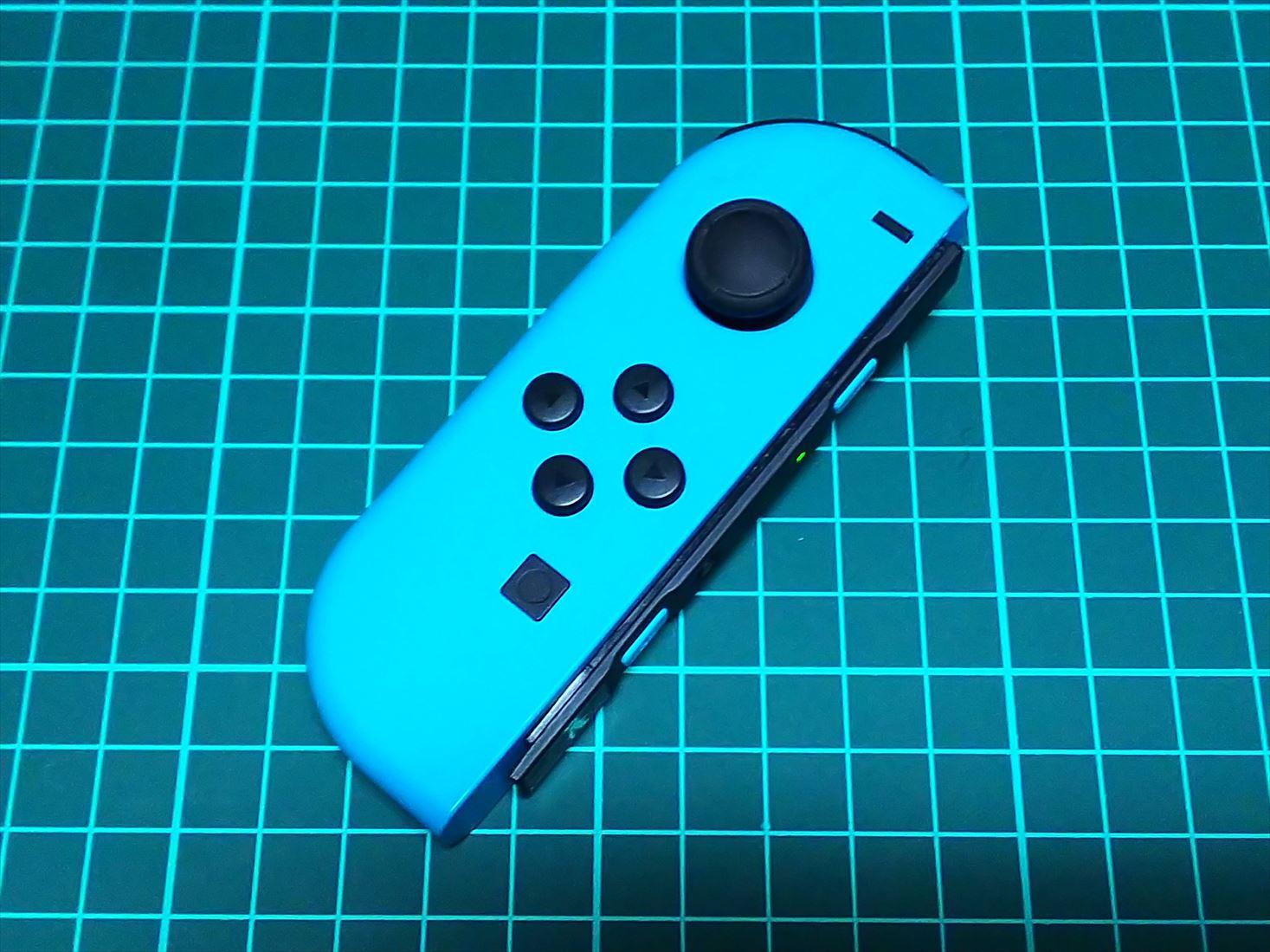 任天堂スイッチのジョイコン(左)が故障、スティックを自分で直す